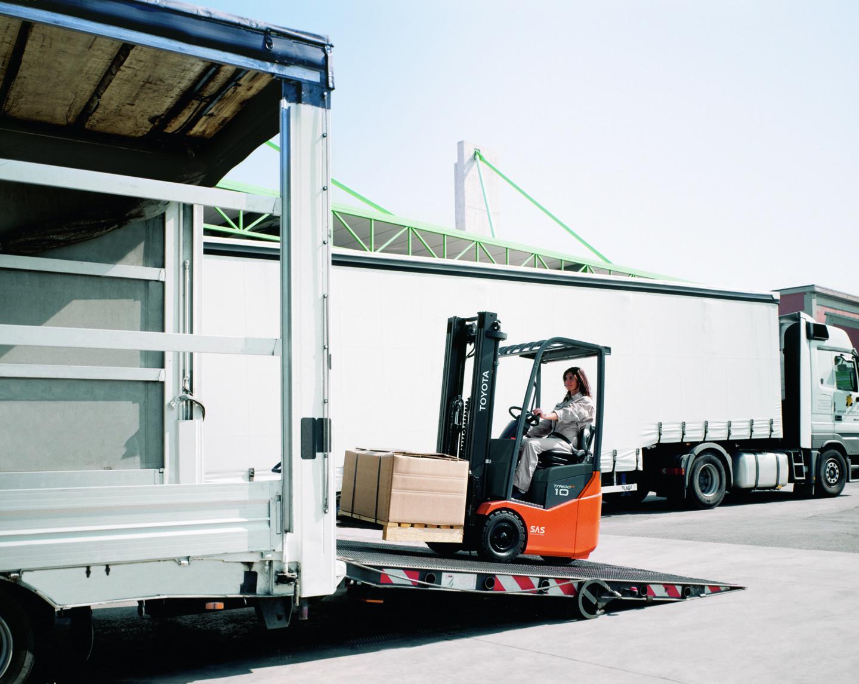 chariot industriel logistique